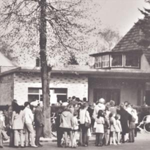 Warteschlange 1960